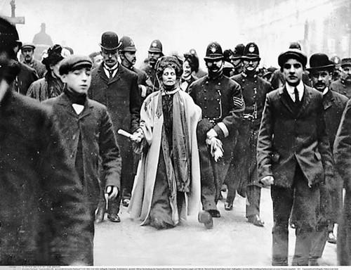 Uhićenje Emmeline Pankhurst 1908. godine