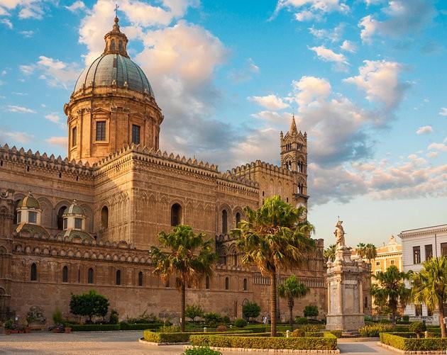 Katedrala u Palermu pod vidljivim utjecajem arapsko-islamske arhitekture