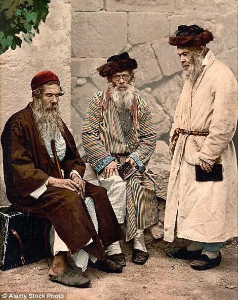 Trojica jevrejskih staraca u Jerusalemu.