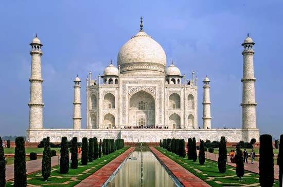 Taj Mahal, bez sumnje najpoznatije i najljepše arhitektonsko zdanje Mogulskog carstva