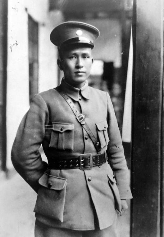 General Bai 1926. godine u uniformi Načelnika štaba kineske nacionalne revolucionarne armije