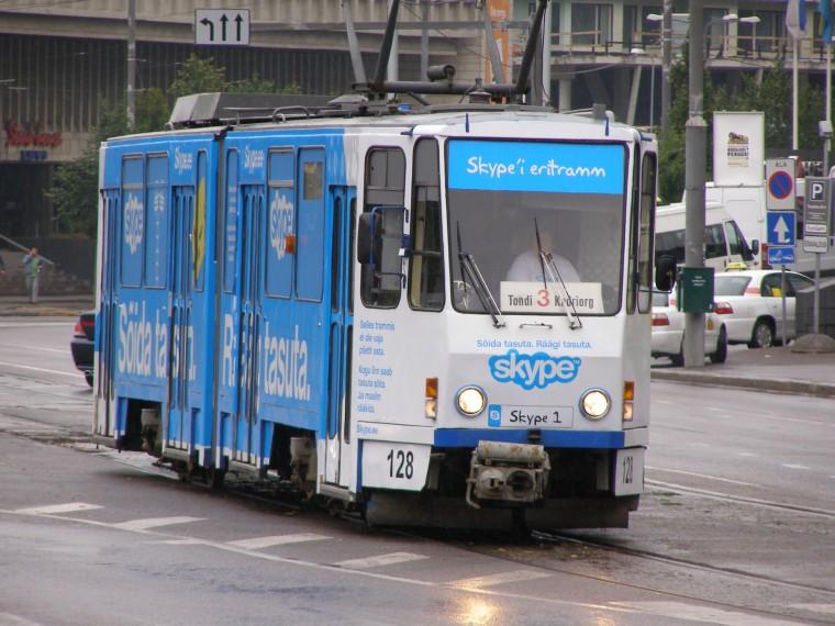 Najpoznatiji estonski brand i reklama (Skypea) na tramvajima u prijestolnici Talinu.