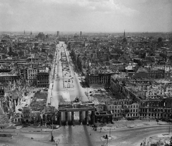 Berlin srušen